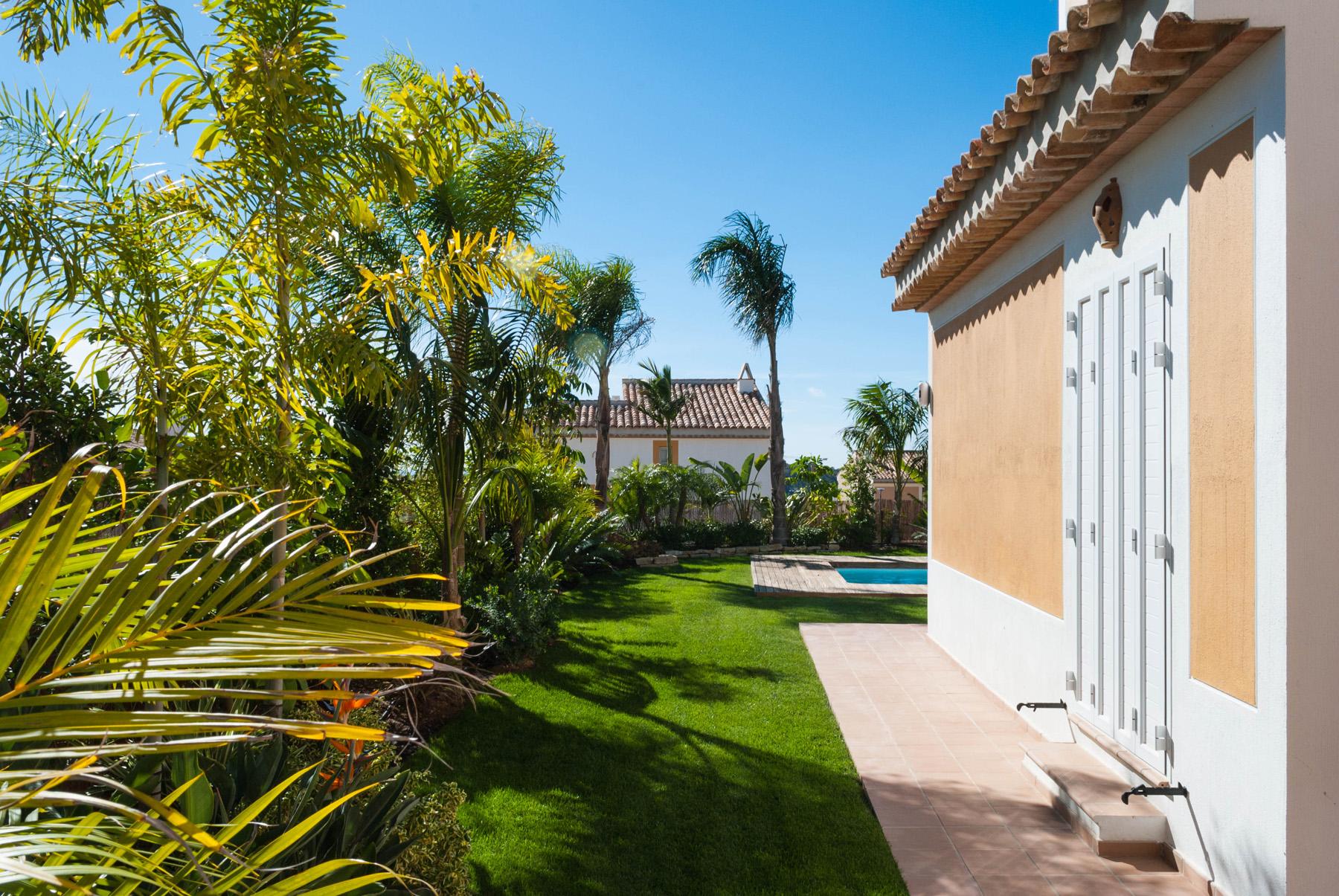 Jardin de diseno subtropical david jim nez arquitectura - Diseno jardines madrid ...