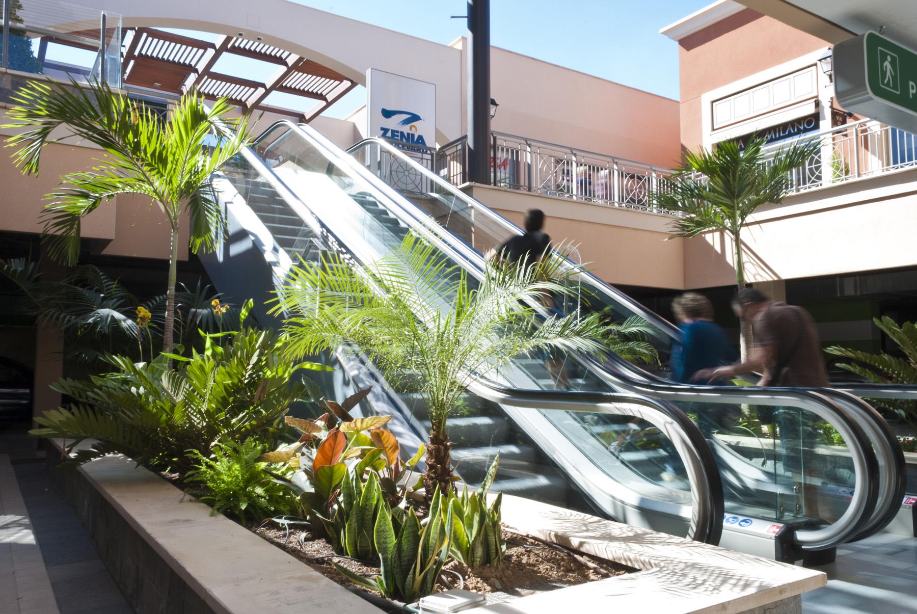 Proyecto de paisajismo para centro comercial zenia - Diseno jardines madrid ...