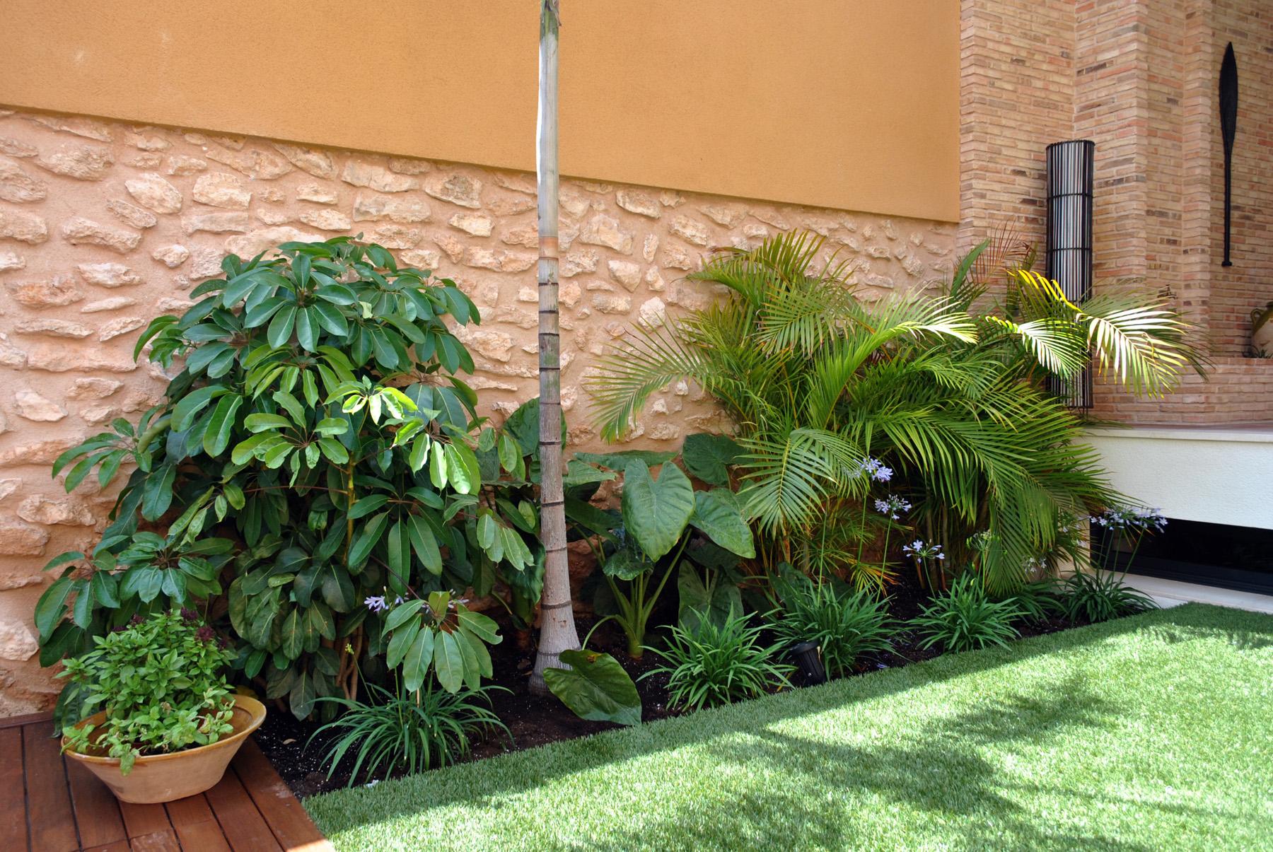 Jardineras con hierbas arom ticas salvia curry perejil - Tipos de jardineras ...