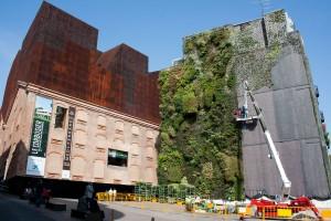Foto de la obras de reparacion del Jardin de Caixaforum, David Jimenez